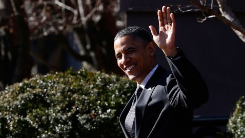 ap obama 121214 wblog Obamas Wish Special Holiday Homecoming for Troops