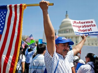 PHOTO: Rigoberto Ramos from Seaford, Del., originally from Guatemala, rallies for immigration reform in front of the U.S. Capitol in Washington, Wednesday, April 10, 2013.