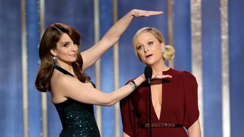 ap tina amy golden globes 130113 wblog Tina Fey Says No Way to Oscars