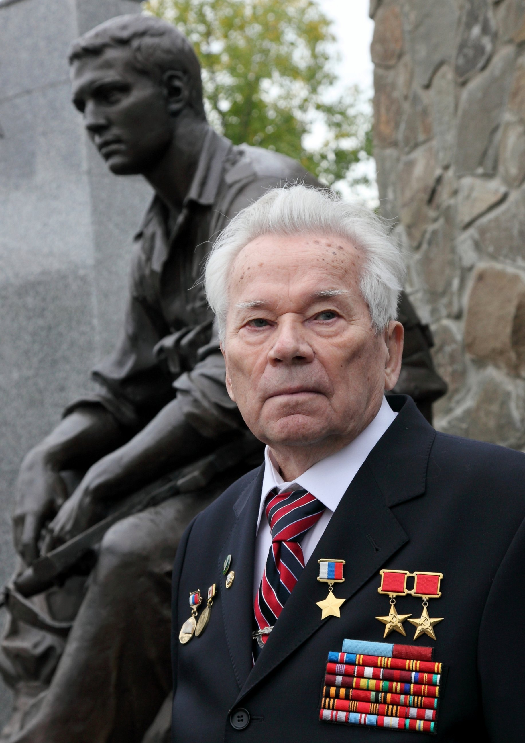 GTY mikhail kalashnikov jef 140113 Am I Guilty in the Deaths of Millions? AK 47 Inventor Asks in Mournful Letter