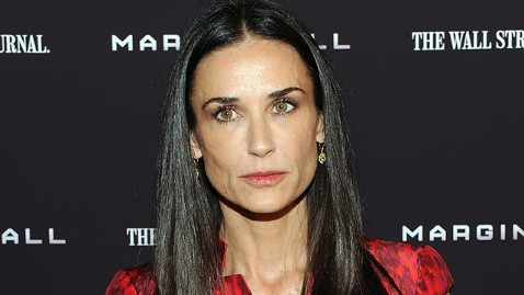 gty demi moore jp 120130 wblog Demi Moores Downward Spiral Reportedly Plagued by Obsessions With Weight and Youth