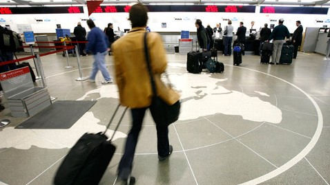 ap checking baggage nt 120104 wblog 4 Ways to Protect Your Stuff at Airport Security