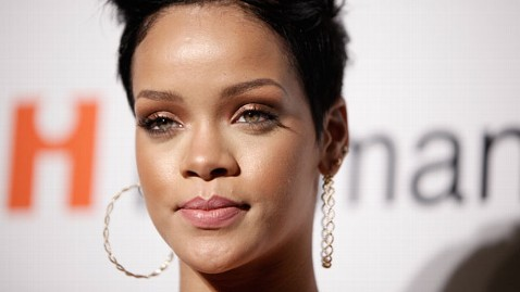 ap rihanna lawsuit nt 120706 wblog American Music Awards: Beyonce, Mary J. Blige, Rihanna Nominated