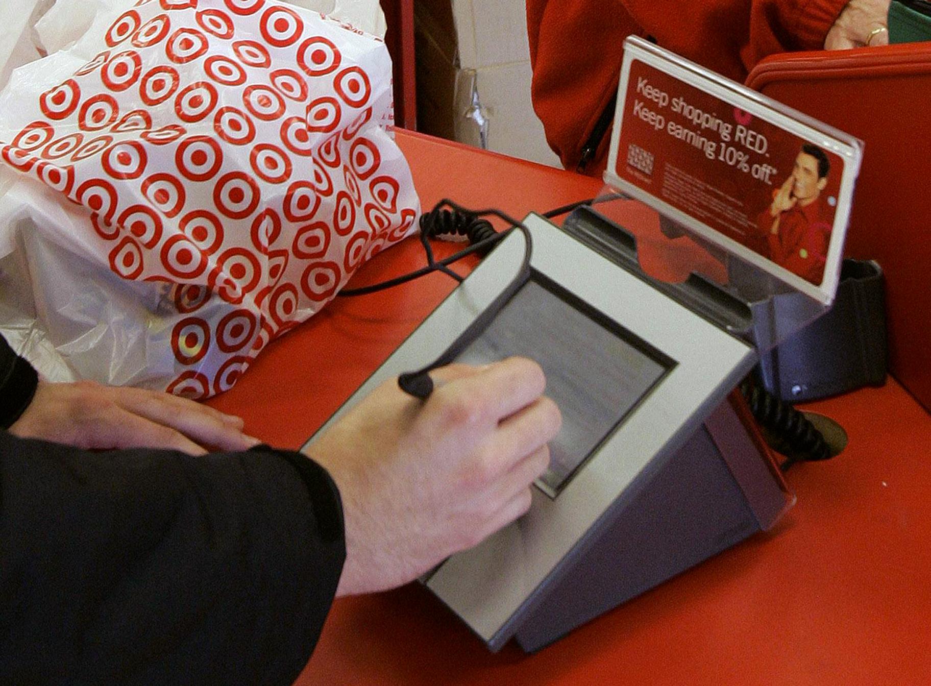 ap target credit card ll 131223 Target Reveals Source of Massive Card Hack