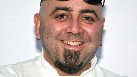 gty duff goldman dm 130205 wblog Ace of Cakes Star Offers to Bake Wedding Cake for Same Sex Couple Denied by Bakery