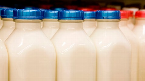 gty milk mi 130621 wblog Milk Prices May Soar to $8 a Gallon