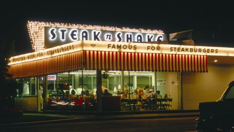 gty steaknshake kb 130517 wblog Steak n Shake Waitress Scores $446 Tip on $6 Check