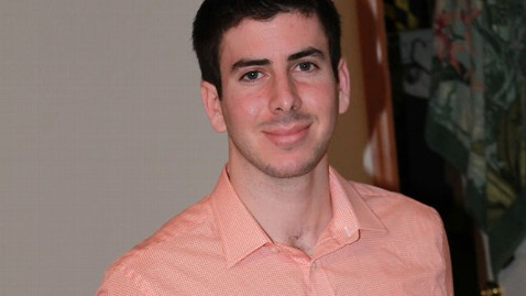 ht Devon Gluck kb 130305 wblog Delaware Student Gives Back $1,800 From ATM