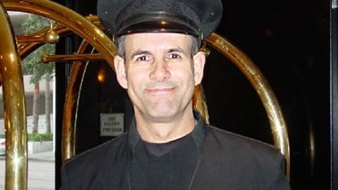 ht antonio de sousa dm 120229 wblog Tampa Doorman Logs No Sick Days In 26 Years