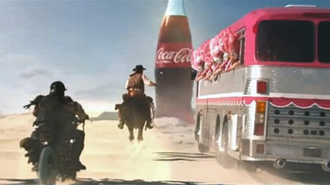 ht coke chase super bowl ad ll 130122 wblog Coke Lets Viewers Pick Super Bowl 2013 Ad Ending