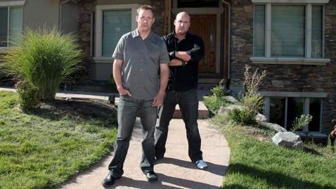 ht flip men jef 111117 wblog Flip Men Stars Talk Reality of Fixing Up Foreclosures