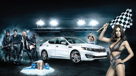 ht kia super bowl ad tk 120131 wblog 6 Super Bowl Ads That Dont Seem Surprising, But Are