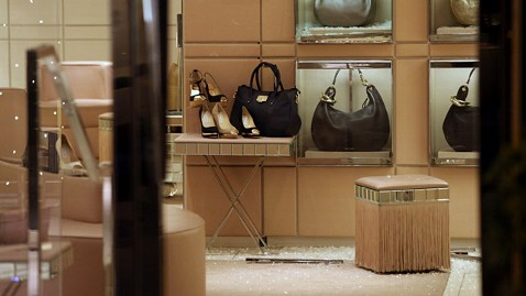 ld chicago jimmy choo store ll 121207 wblog Thieves Eye Luxury Goods During Holiday Season