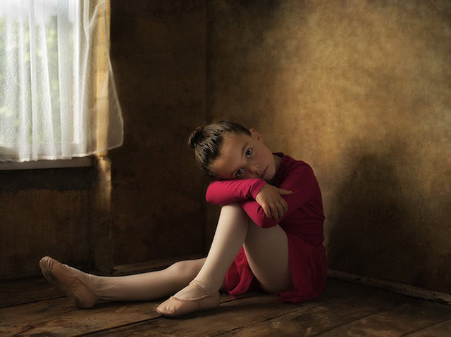 7 bill gekas portraits as paintings ll 130301 wblog These Arent Your Average Snapshots: Bill Gekas Portraits of His Daughter as Classic Paintings