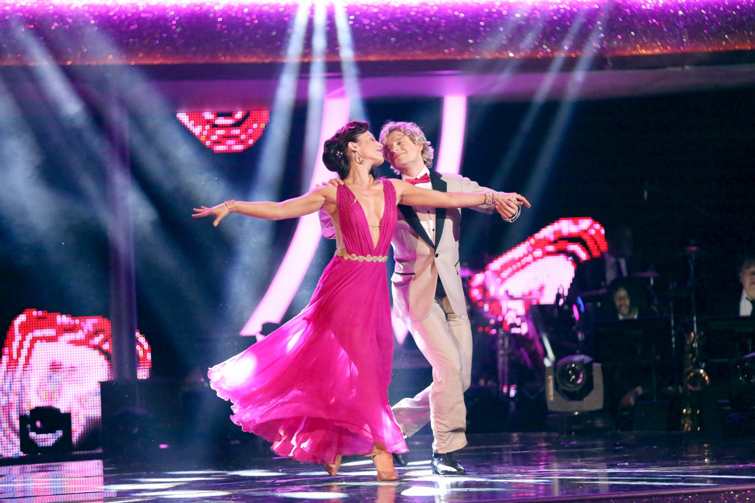 ABC charlie white jef 140508 Dancing With the Stars: Charlie White Voted Off in Semifinal Shocker