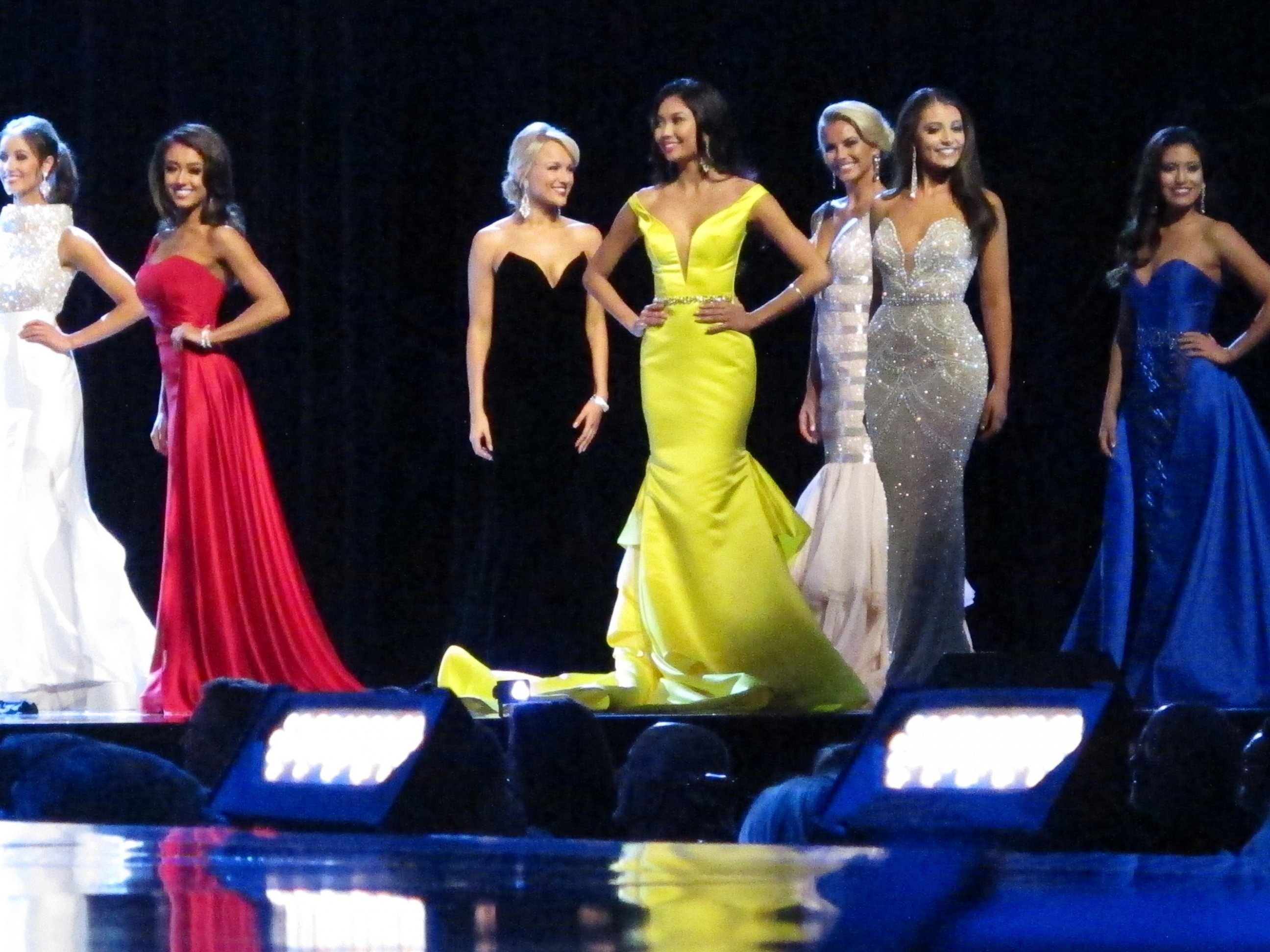 PHOTO: Contestants in the evening gown portion of the Miss America ...