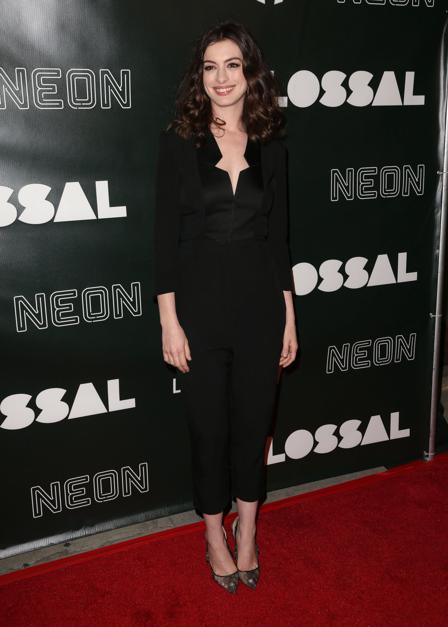 Im im images of anne hathaway - Photo Anne Hathaway Attends The Colossal Premiere Held At Vista Theatre In Los Angeles April 5 2017