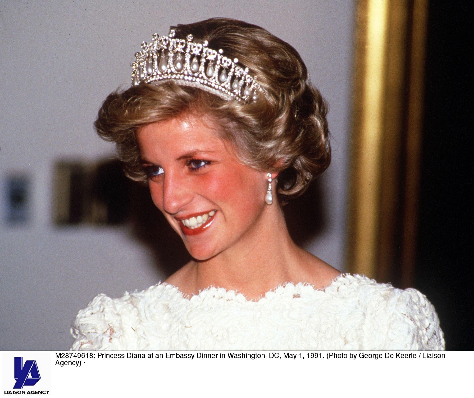 Princess Diana Videos at ABC News Video Archive at abcnews.com
