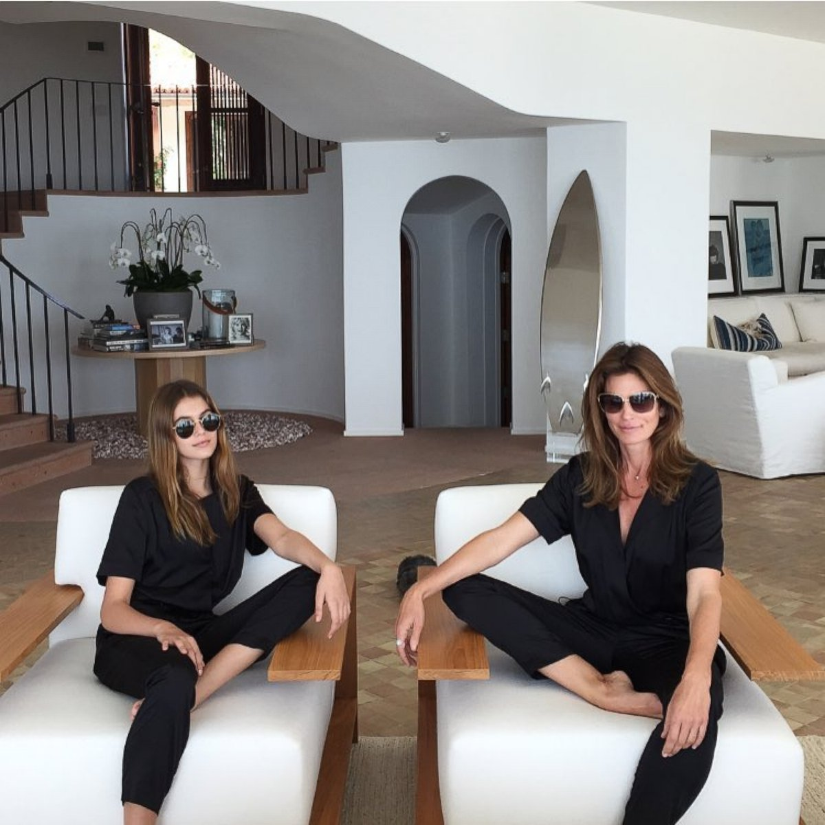 Cindy Crawford Home Cindy Crawford Videos At Abc News Video Archive At Abcnewscom