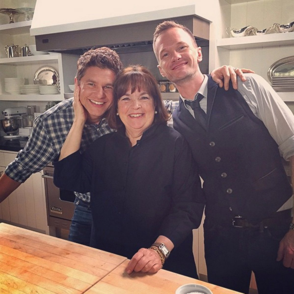 neil patrick harris and his husband cook with ina garten - abc news