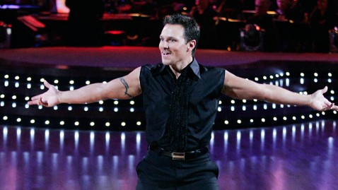 abc Drew Lachey thg 120727 wblog Drew Lachey Confirms 98 Degrees Reunion Is Going Forward with New Album, Tour