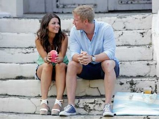 PHOTO: Tierra and Sean meet on the streets of St. Croix and explore the town in an episode of the Bachelor.