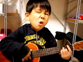 VIDEO: A young boy plays a ukelele and sings Jason Mraz's I'm Yours.