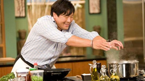 abc chef ming tsai thg 130211 wblog TV Chefs Cooking Tips for Big Flavor, Low Calories