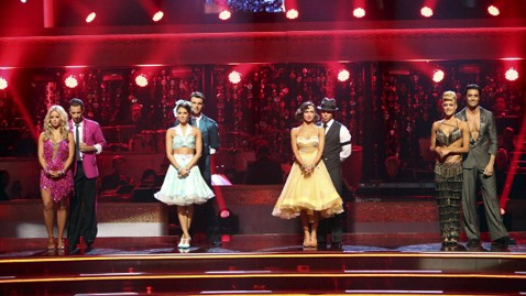 abc dancing with the stars wy 121008 wblog Dancing With the Stars: All Stars Recap: In Week of Military Tributes, Trio Dances, Melissa Rycroft Reigns