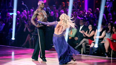 abc donald driver dm 120416 wblog Dancing With the Stars Season 14: Donald Driver On Growing Up Homeless, Devotion to Family