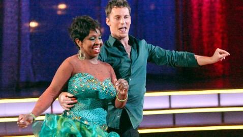 abc dwts gladys knight jef 120423 wblog Dancing With the Stars Season 14: Katherine Jenkins Dominates on Motown Night