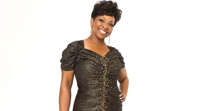 abc gladys knight dwts thg 120403 wmain Dancing With the Stars Season 14: Gladys Knight Eliminated in Week 6 Split Decision
