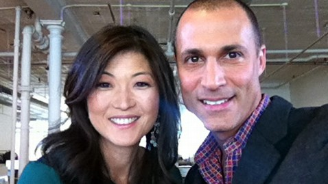 Taking the Perfect 'Selfie' on Your Phone: Nigel Barker Offers 8 Photography Tips