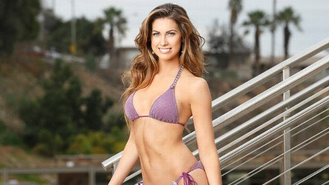 abc katherine webb tk 130318 wblog Celebrities Ready to Make a Splash