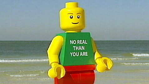 abc lego  man 111026 wblog Giant Lego Man Washes Up on Florida Beach; Police Take It Into Protective Custody
