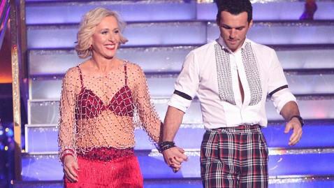 abc martina navratilova dwts thg 120327 wblog Martina Navratilova First Celeb Eliminated From Dancing With the Stars Season 14