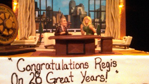 abc regis philbin cake jp 111118 wblog Inside Regis Philbins Final Show