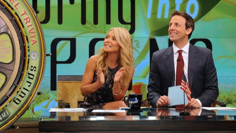 abc ripa meyers livewithkelly lpl 120709 wblog Seth Meyers Reportedly the Front Runner for Live! With Kelly