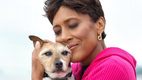 abc robin roberts dog nt 120309 wblog Love Letters to Dogs From Celebs, Combat Vet