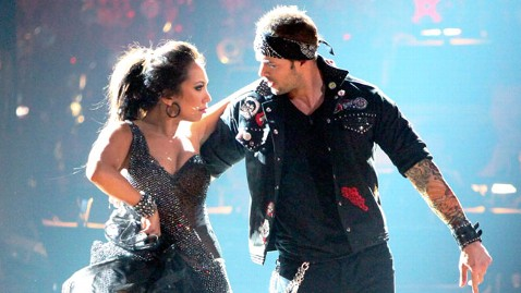 abc william levy dwts nt 120416 wblog  Dancing With the Stars: William Levy Gets Perfect Score, Leads the Pack in Week 8