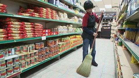 abc wwyd child labor ll 120118 wblog Child Labor? Shopper Steps in to Defend Boy in WWYD Scene