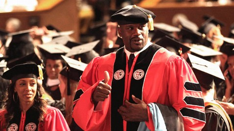 ap Shaquille ONeal Degree jt 120506 wblog Shaquille ONeal Earns Doctorate Degree