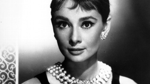 ap breakfast at tiffanys kb 121219 wblog Instant Index: Bank Robbers Dangerous Escape From Prison