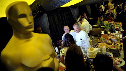 ap governors ball ll 130222 wblog Crazy Oscars Grocery List: 1,600 Pounds of Butter, 600 Lobsters and More