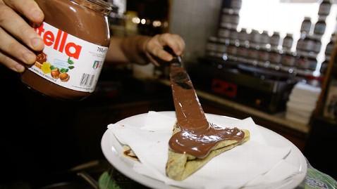 ap nutella 21 dm 130205 wblog Recipes for World Nutella Day