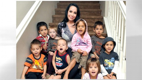 ap octomom mi 121116 wblog Octomom Nadya Suleman Back on Welfare