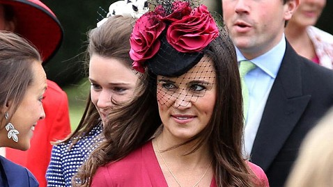 ap pippa pink dress dm 120521 wblog Pippa Middleton Steals Spotlight From Bride, Again
