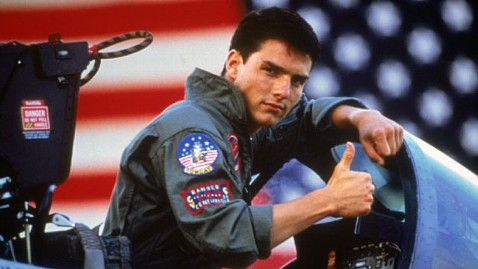 ap tom cruise top gun jp 111209 wblog Maverick Returns to Big Screen? Tom Cruise Says Movie in the Works