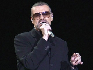 PHOTO: Singer George Michael performs at Mediolanum Forum, November 11, 2011 in Milan, Italy.