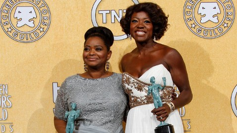 gty Octavia Spencer Viola davis jt 120205 wblog The Help Cast Dishes on Oscar Buzz and Wearing Three Pairs of Spanx